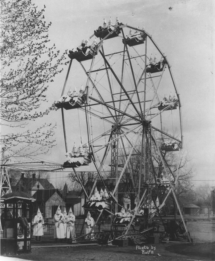 Kkk Ferris Wheel