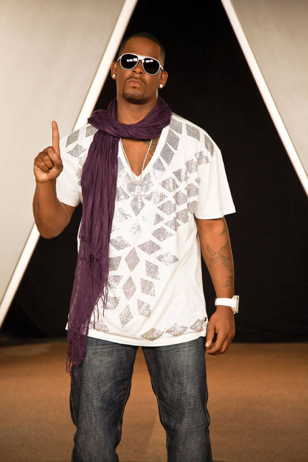 R Kelly 2012