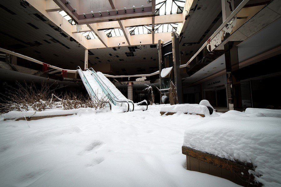 Rolling Acres Mall Blizzard