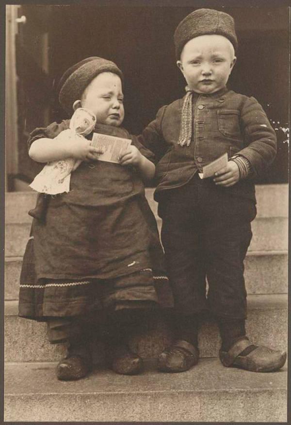 Dutch Siblings