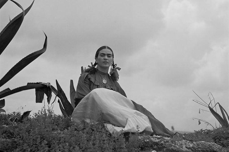 Frida Kahlo Life Vogue