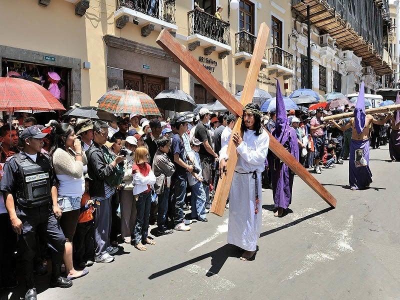 Procession Quito Ecuador