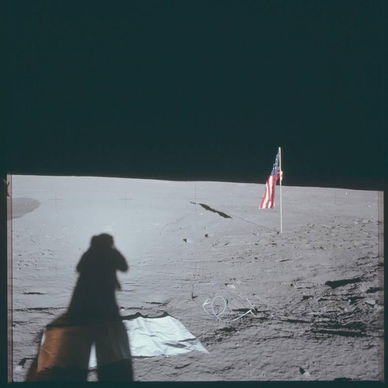 Apollo12 EVA