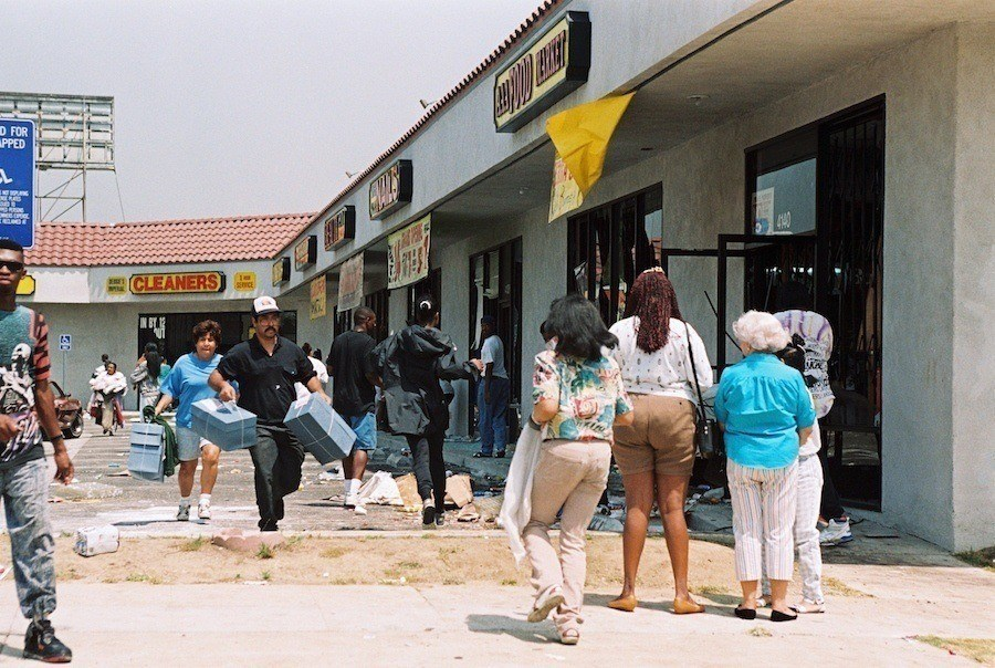 Looters During Rodney King Riots
