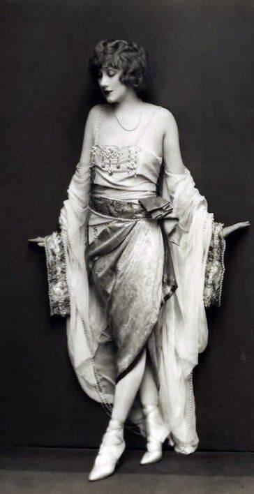 Helen Lee Worthing By Edward Thayer Monroe