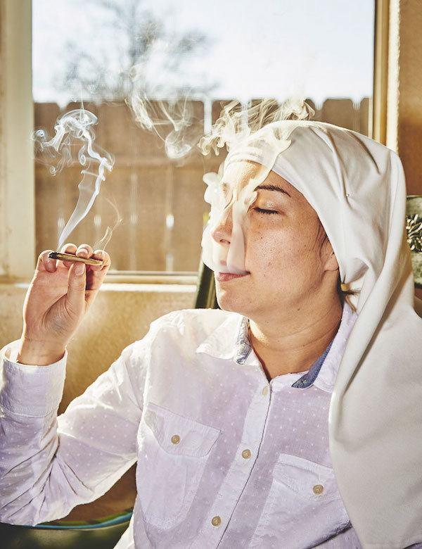 nuns-smoke-marjuana
