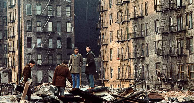 Destruction And Debt 41 Photos Of Life In 1970s New York