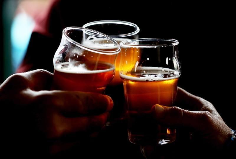 Beer Glasses Hands