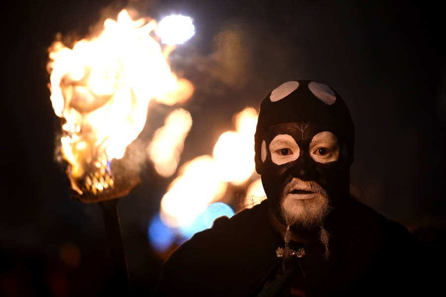 Black Mask Torch