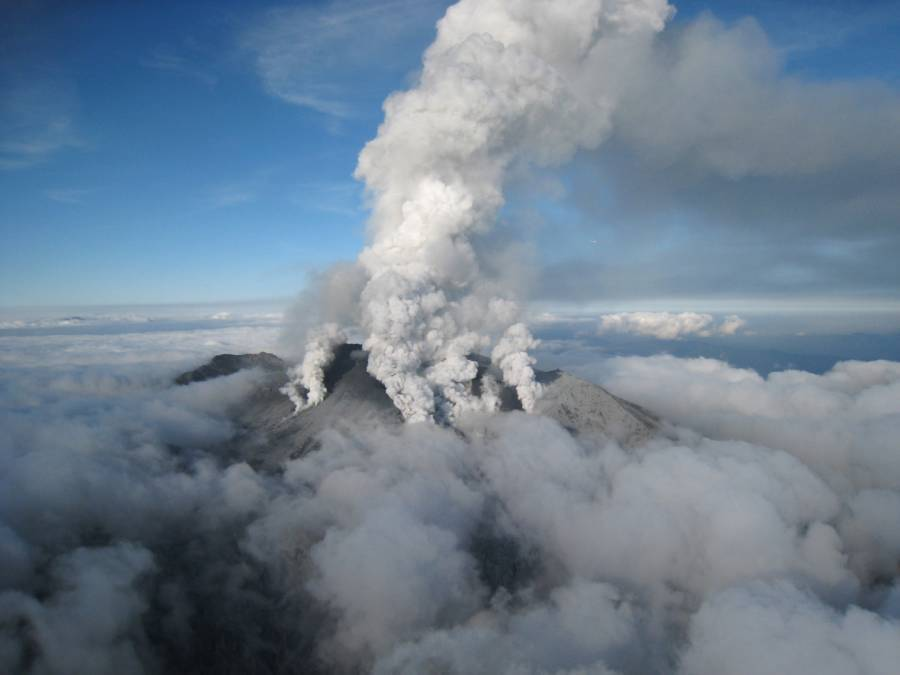 Volcanic Eruptions Pictures