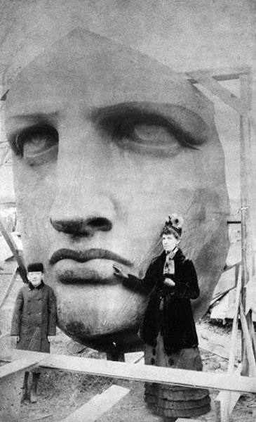 1885 The Statue Of Liberty
