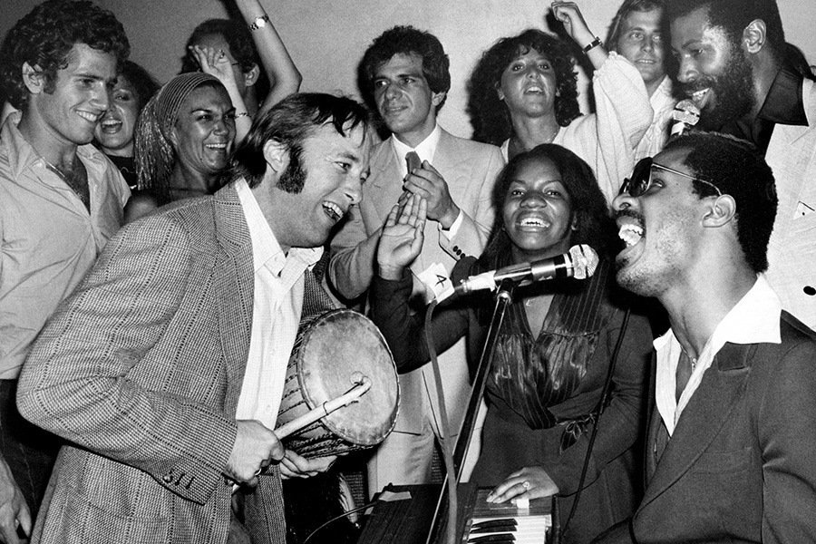 Group Singing Studio 54
