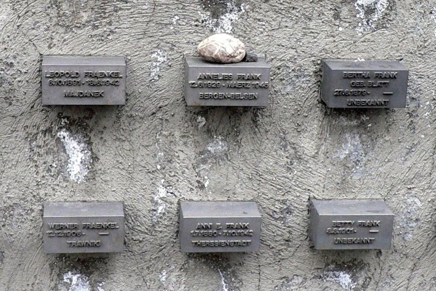 Memorial Family Stone