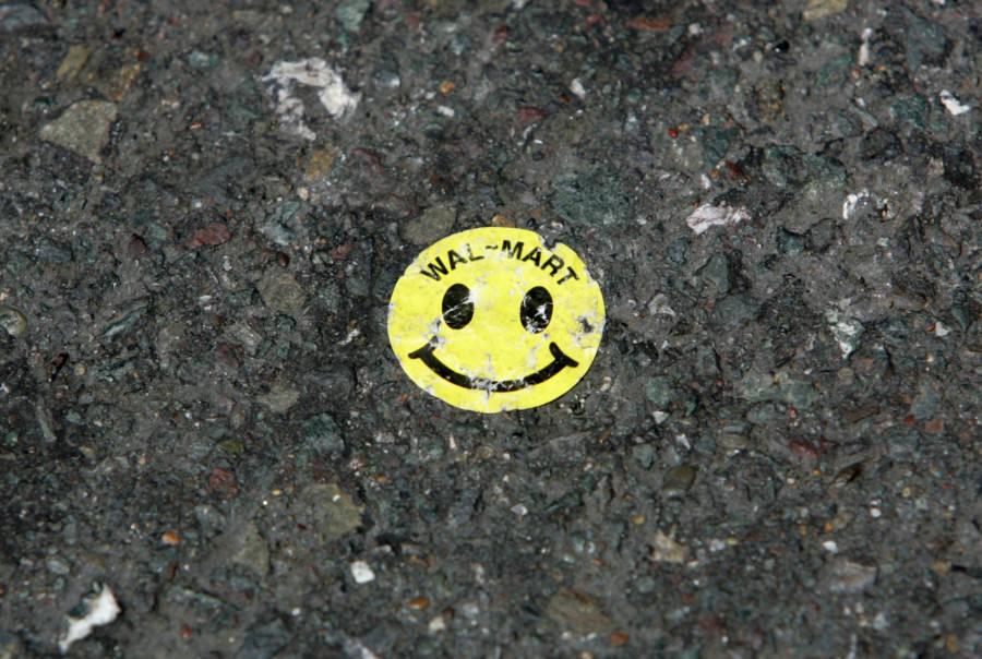 Smiley Face Sticker Ground