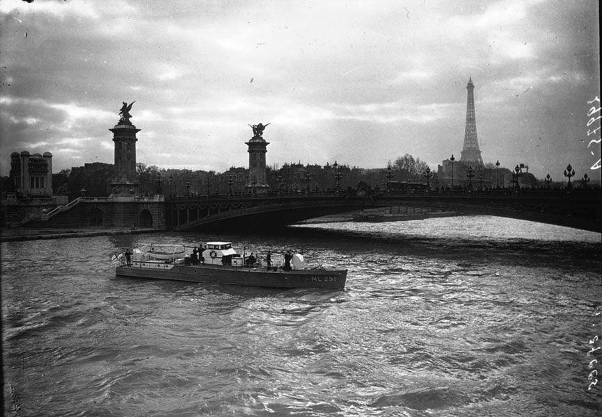 1920s Paris River Seine