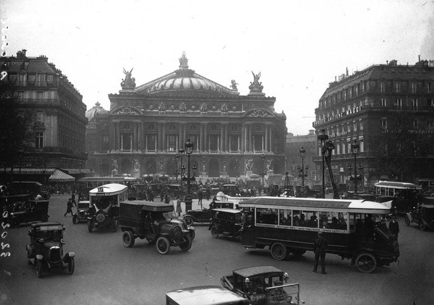 Place De L'Opera 1926