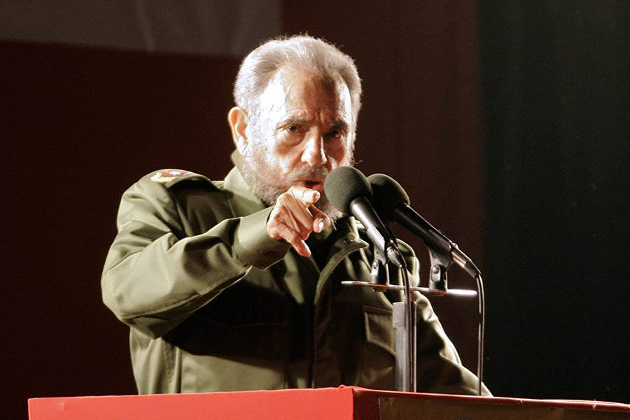Angry Fidel Pointing