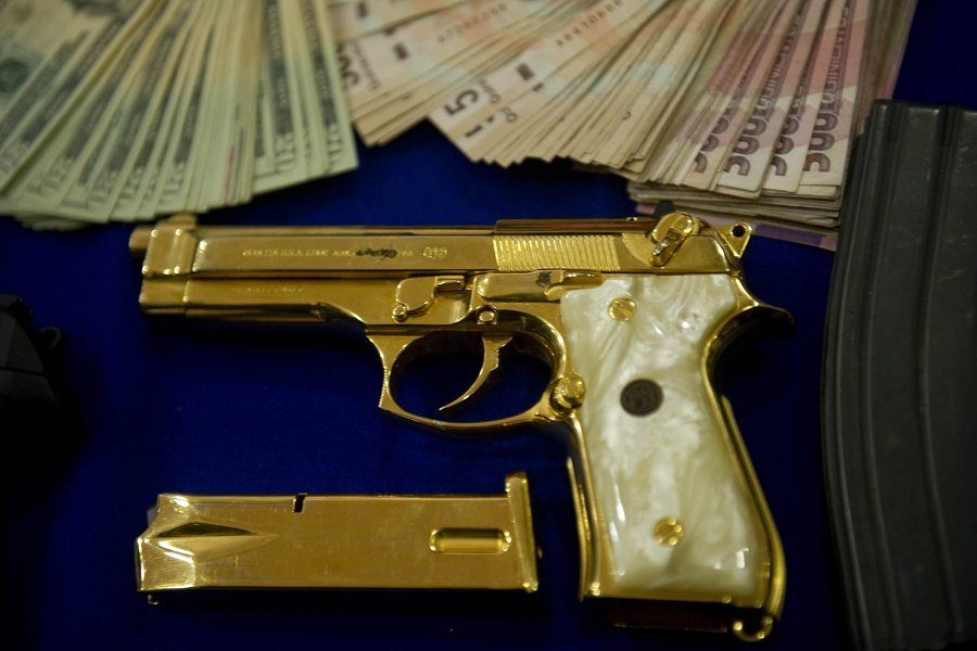 Gold Pistol Cash