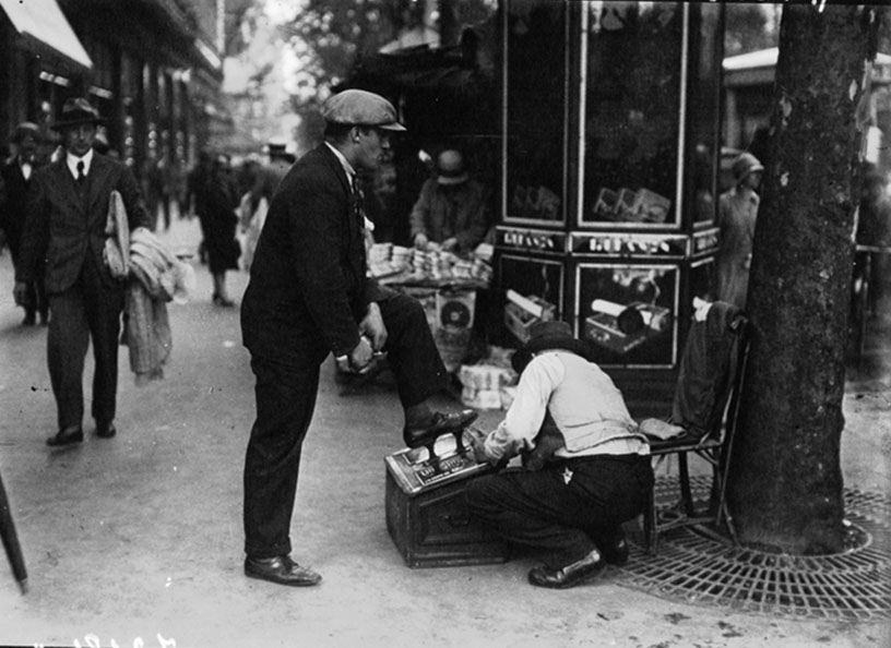 Shoeshiner Paris 1929