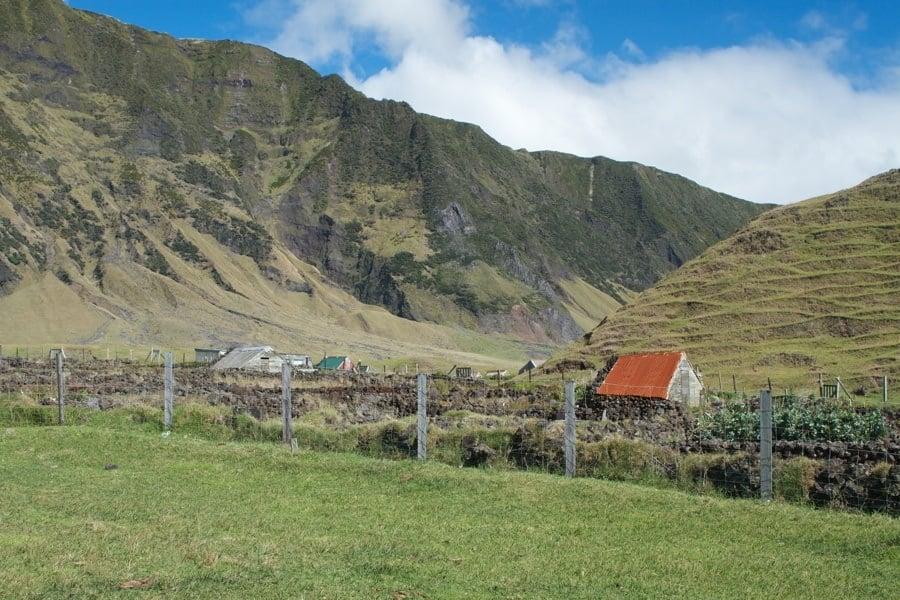 Small Buildings Garden Mountains
