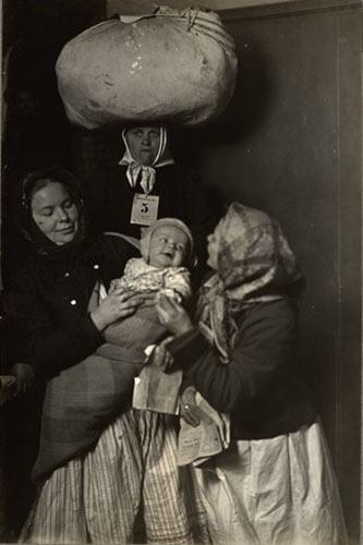 Slavic Mother And Child At Ellis Island