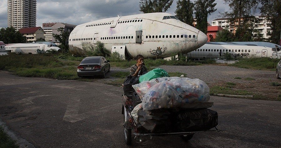 Airplane Trash Collection