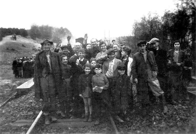 Death Train 1945 Crowd