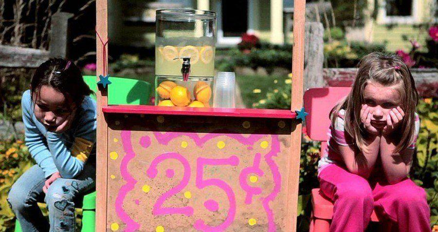Lemonade Stand Sad Girls