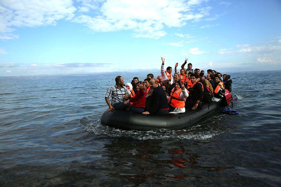 Raft Lesbos