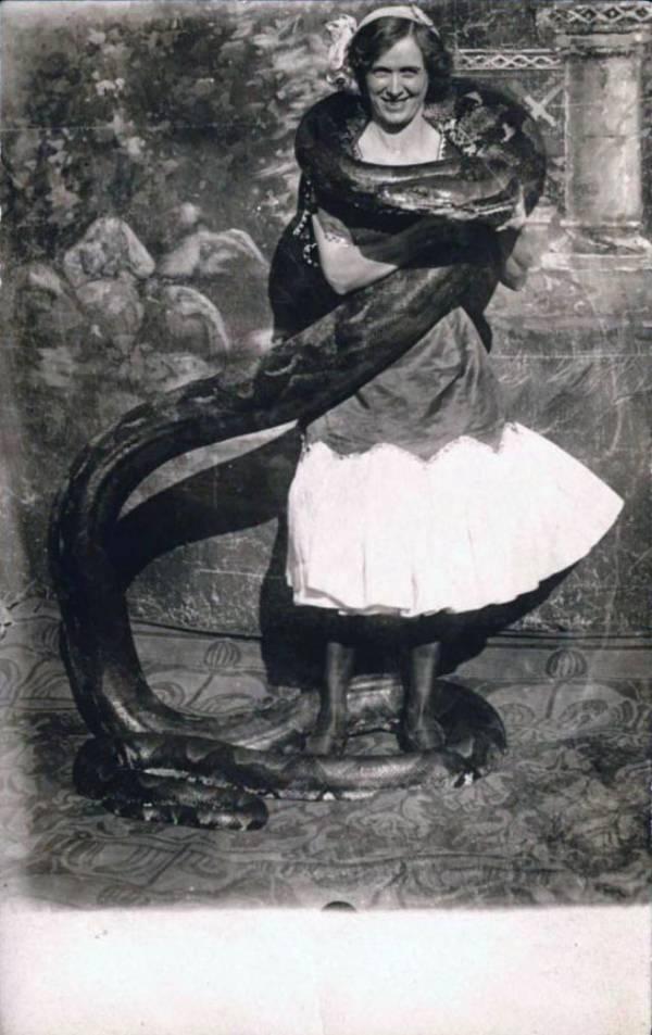 Female Snake Charmers