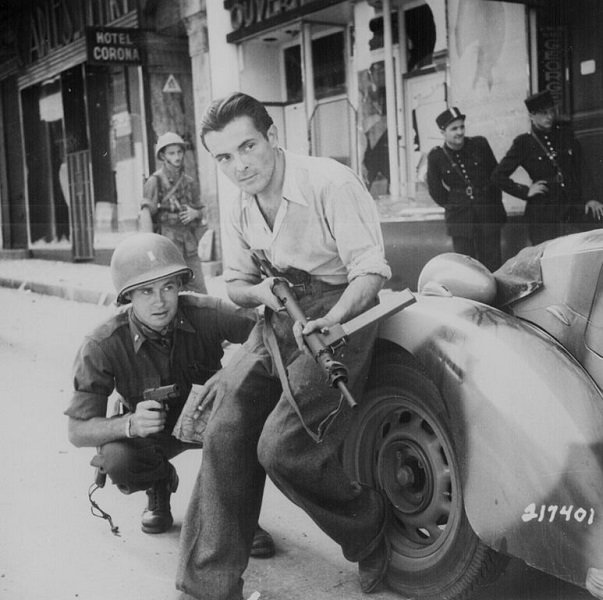 French Resistance With Us Soldier