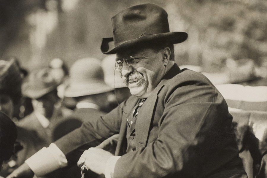 Roosevelt Speech Smiling In Car
