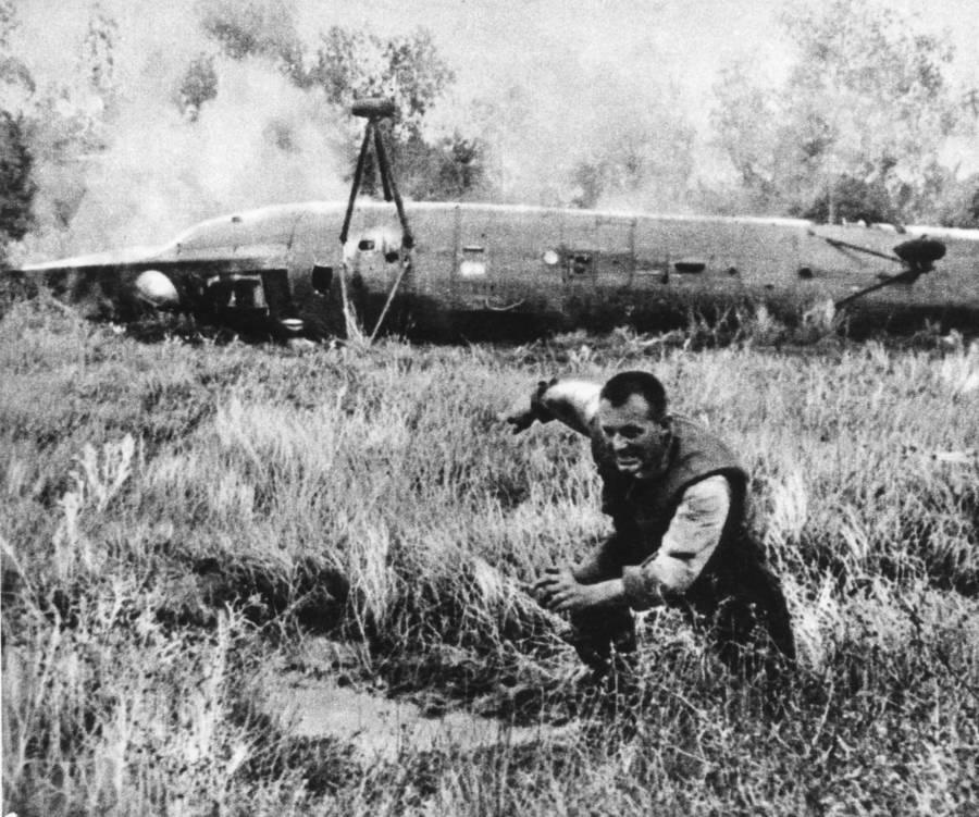 Vietnam Plane
