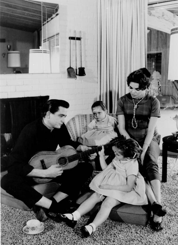 Johnny Cash's Family With Vivian Liberto