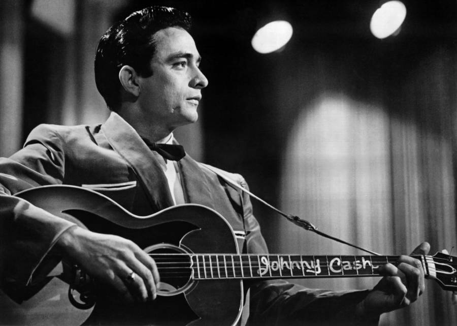 Johnny Cash Plays Guitar In The 1950s