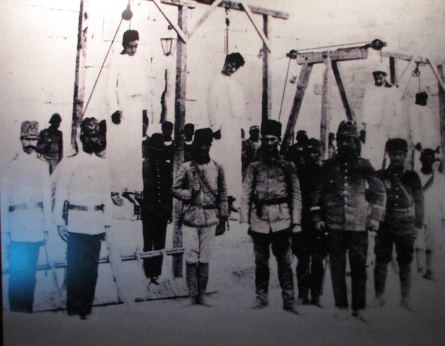 Doctors Hanging