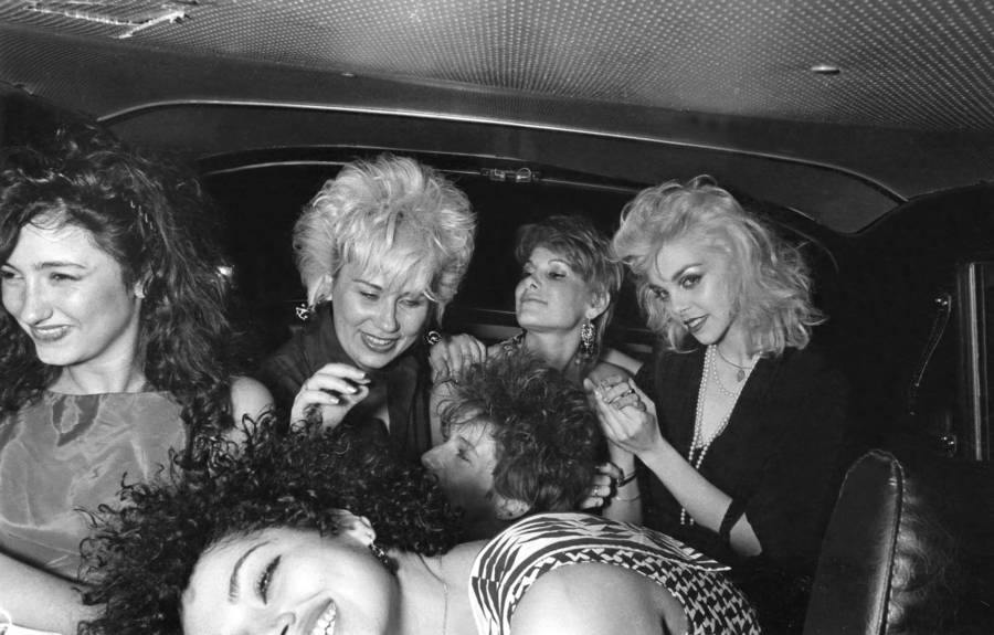 Lens Taxi Girls