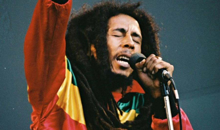 Bob Marley Singing