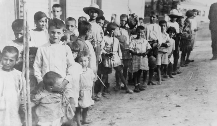 Refugee Children In Line