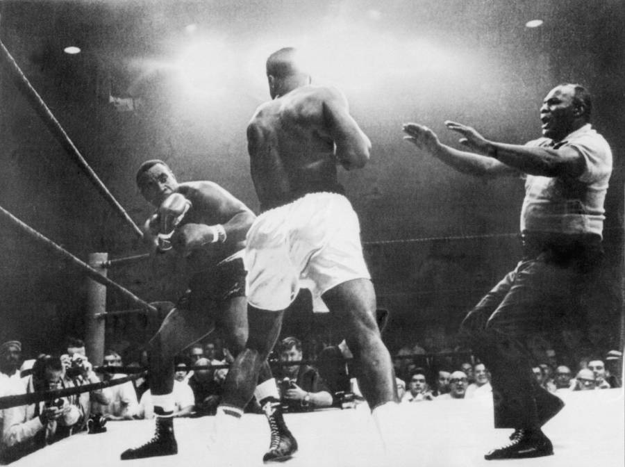 Ali About To Knock Out Liston