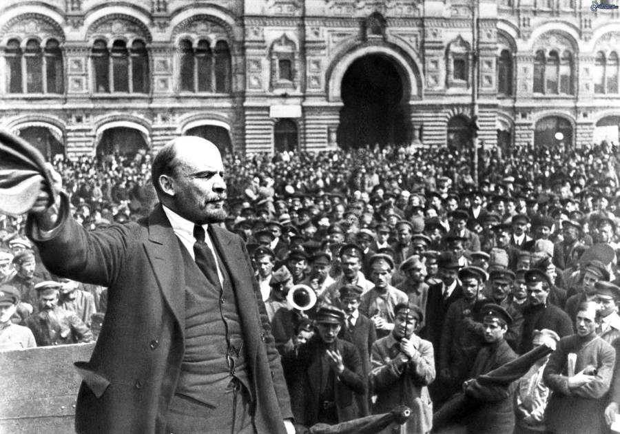 Lenin Crowd