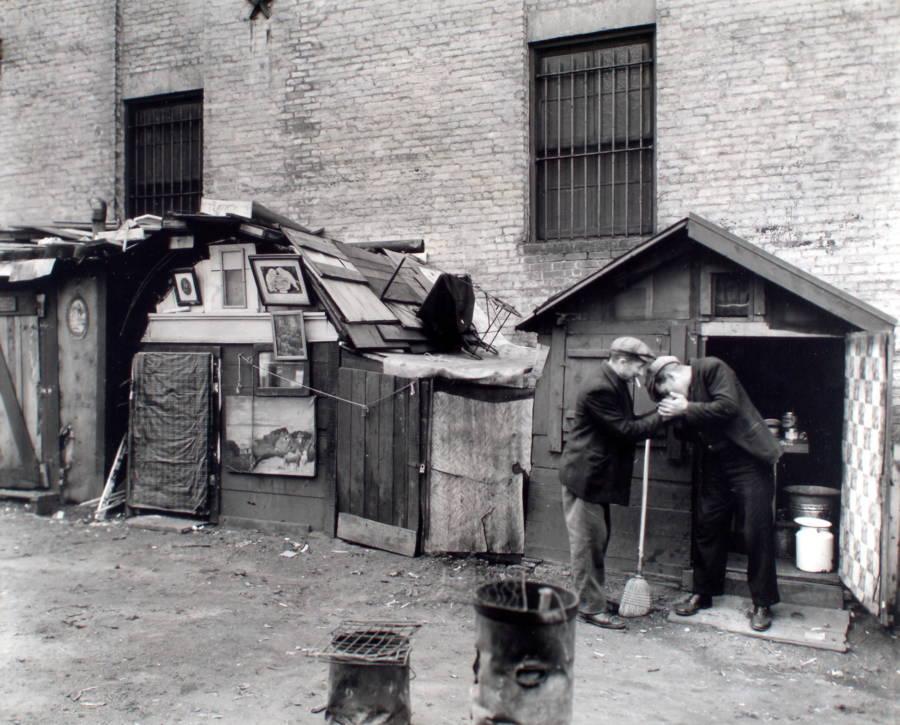 Shanties Two Men