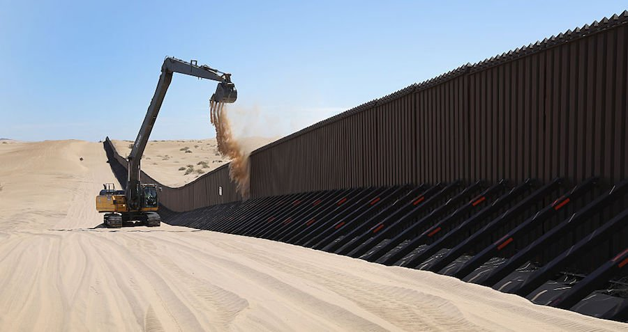 Border Wall Environment
