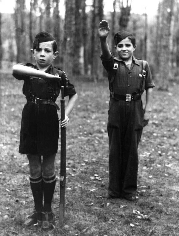 Children Salutes
