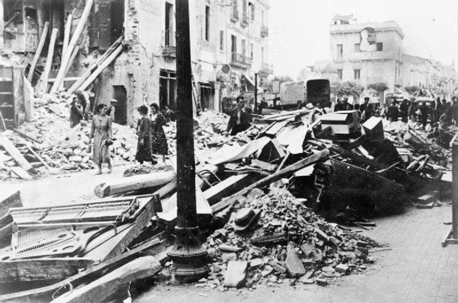 Destruction Debris Women