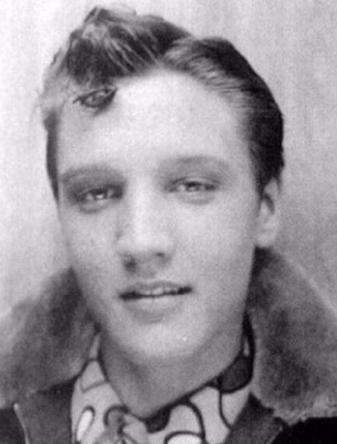Elvis Teenager