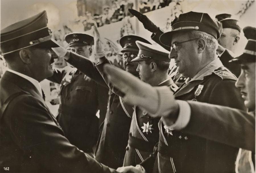 Fuhrer Greeting Salute