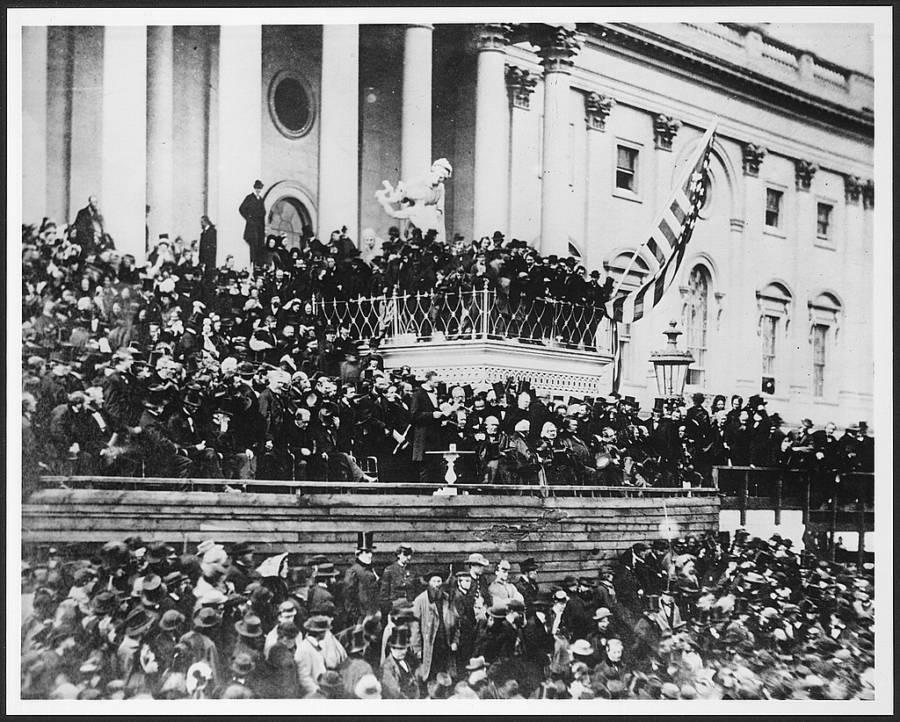 Lincoln Inauguration Crowd