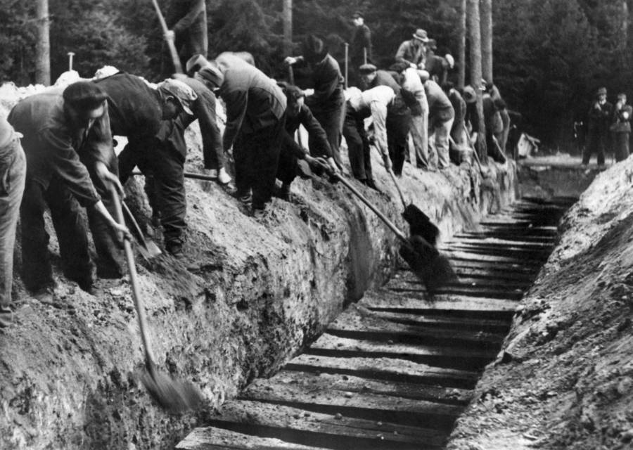 Mass Concentration Camp Burial