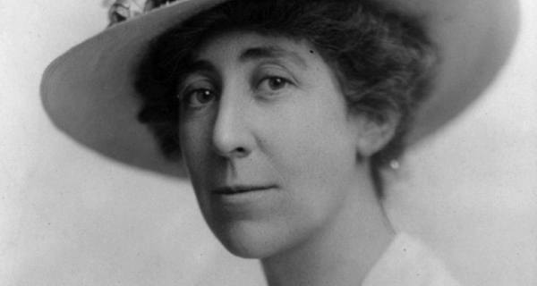 jeannette rankin Jeannette rankin was the first woman elected to the us congress, serving two separate terms representing montana she injected the first woman's voice into national political debates a committed pacifist, rankin was the only member of congress to oppose entry of the united states into both world wars rankin was.
